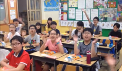 Korean students thank Jose Mujica